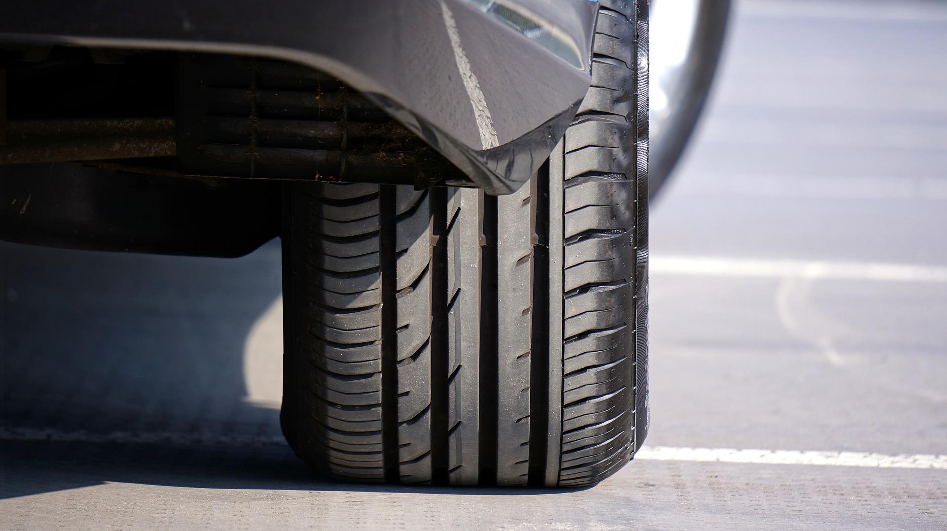 Quelles solutions en cas de crevaison d'un pneu ?